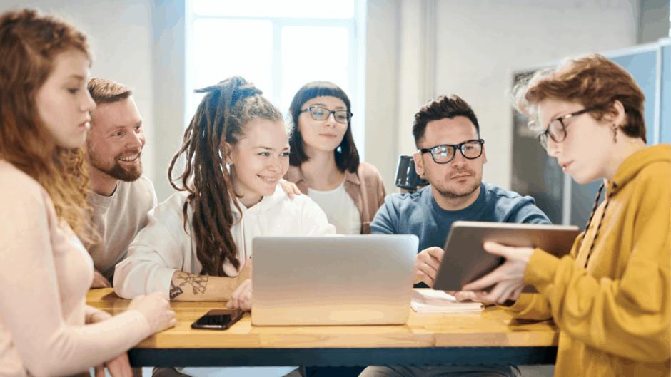 Digitale Learning Tolls für Ausbilder*innen